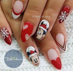 21 Frozen Snowflakes Christmas Nails Beautiful Christmas Nail Designs Picture 3 See more: Disney Christmas Nails, Xmas Nails, Christmas Nail Designs, Holiday Nails, Red Nails, Christmas Girls, Christmas Pictures, Mickey Nails, Nails Polish