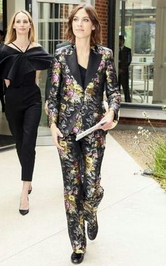 Alexa Chung in a Gucci brocade suit