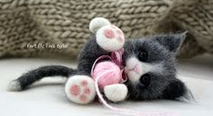 Fart filc i nie tylko Needle Felted Cat, Needle Felted Animals, Felt Animals, Needle Felting Tutorials, Cat Fabric, Felt Cat, Cat Crafts, Felt Dolls, Funny Art
