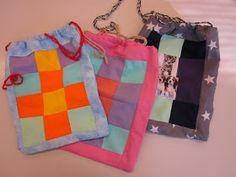5A luokan kässäpussit ovat valmiit. Taas valmistui värikkäitä ja hienoja pusseja, näissä on hyvä säilyttää esimerkiksi omaa neuletyötä. ...