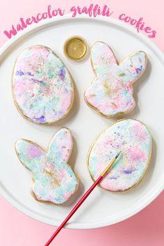 Watercolor Graffiti Easter Cookies   recipe & tutorial by Sweetapolita via Pizzazzerie
