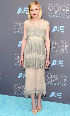 Kirsten Dunst wearing Chanel Couture to the 21st Annual Critics' Choice Awards (Photo: Jason Merritt/Getty Images)