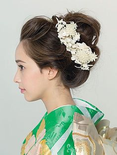 Wedding Make Up, Dream Wedding, Fashion Accessories, Hair Accessories, Japanese Outfits, Headpiece Wedding, Female Poses, Japanese Beauty, Kimono Fashion