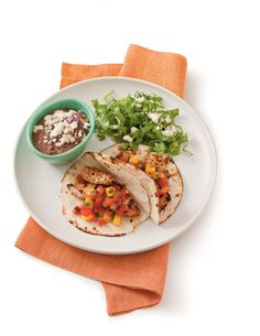 Quick and Easy Grilled Chicken Tacos Recipe - Quick and Easy Taco Recipes - Southern Living Grilled Chicken Tacos, Chicken Taco Recipes, Dog Recipes, Cooking Recipes, Shrimp Tacos, Fish Tacos, Meal Recipes, Chicken Salad, Easy Weeknight Meals