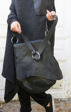 Cross Body Black Leather Bag/Extravagant Leather Tote/Black and Red Genuine Leather Clutch/Goth Culture Handbag/Extravagant Leather Purse - 2019 Leather Pieces, Black Leather Bags, Leather Clutch, Leather Backpack, Black Tote, Black Harem Pants, Hermes Handbags, Fall Handbags, Shopping Bag