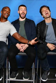 anthony mackie, chris evans, and sebastian stan at wizard world 2016
