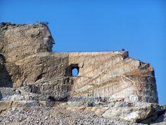 United States F.D.R. monument   Le Crazy Horse Memorial est une monument scupté dans la montagne