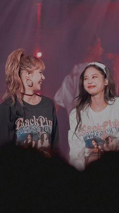 Check out Blackpink @ Iomoio Girls Generation, South Korean Girls, Korean Girl Groups, Memes Do Blackpink, Black Pink Jennie Kim, Lisa Blackpink Wallpaper, Blackpink Members, K Pop, Black Pink Kpop