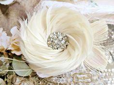 Feather Fascinator, Feather Hair Clip, Feather Headpiece, Wedding Fascinator, Bridal Hair Piece, Hair Accessory