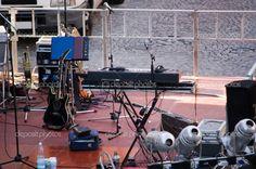 depositphotos_1235551-Setup-of-a-concert-stage.jpg (1023×680)