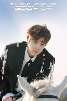 the boyz mini album [the start] Younghoon Fandom, Bad Boys, Cute Boys, Seoul Fashion Week, Joo Haknyeon, Kim Young, Bae, Hyun Jae, Anniversary Photos