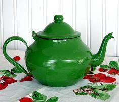 VIVID Green Enamelware Teapot...Ca. 1950s, via Flickr.