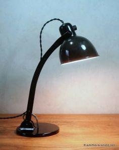 Lampe Schaco 9536 |   Lampe de bureau Schaco, d'origine allemande vers 1930, modèle identifié 9536. Histoire de la ...