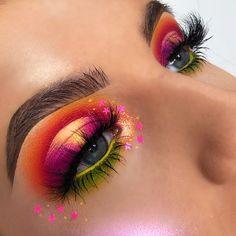 40 pretty eye makeup looks for green eyes make up макияж, ма Pretty Eye Makeup, Makeup Looks For Green Eyes, Colorful Eye Makeup, Eye Makeup Tips, Smokey Eye Makeup, Makeup Goals, Pretty Eyes, Makeup Inspo, Makeup Inspiration