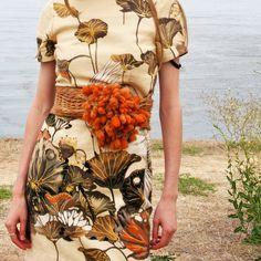 """It's a Twist"" sydney scarf used like a belt on this GORGEOUS print dress!"