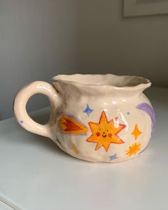 Ceramic Pottery, Pottery Art, Ceramic Art, Diy Clay, Clay Crafts, Arts And Crafts, Clay Art Projects, Cute Mugs, Pottery Painting
