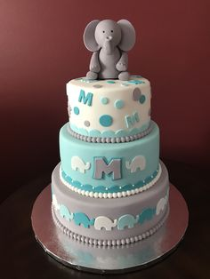 Elephant Baby Shower Cake Coral Baby Showers, 2nd Baby Showers, Baby Shower Niño, Virtual Baby Shower, Boy Baby Shower Themes, Baby Shower Cakes, Elephant Baby Shower Cake, Elephant Cakes, Baby Boy Cakes