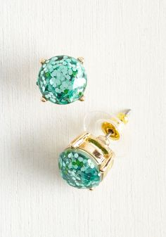 Glitter and Glee Earrings in Aqua. Its about all you can luster to not grin from ear to ear when youre sporting these sparkling studs! #blue #modcloth
