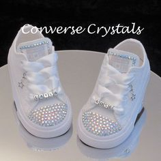 Personalised Baby / Toddler Mono White Custom Crystal *Bling* Toes Tongue And Name Converse Infant sizes Embellished with stunning AB crystals on the toes and tongue and finished with my signatur Baby Converse, Converse Rose, Bedazzled Converse, How To Lace Converse, Converse Wedding Shoes, Baby Girl Shoes, Girls Shoes, Baby Bling, Foto Baby