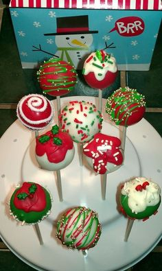 Cake Pop Decorating Ideas Uk : 1000+ images about Christmas Cake Pops & Tutorials on ...