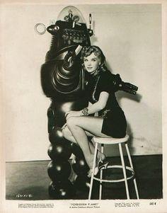 pinup vintage, vintage robots robot 07 Photo story