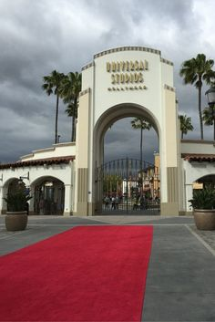 Money saving tips to help you make the most out of your visit to Universal Studios Hollywood