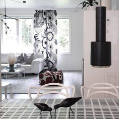 Have a happy new week . Nordic Interior, Interior Design, Scandinavian Home, Marimekko, White Houses, Happy New Week, Sweet Home, Curtains, Living Room