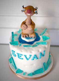 Ice Age Cake Ice Age Birthday Party, Ice Age Cake, Party Party, Party Ideas, Arctic Penguins, Disney Cakes, Kid Character, Awesome Cakes, Happy Day