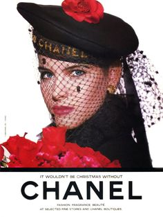 1988 It wouldn't be Christmas without Chanel Nice Vintage Perfume Ad Chanel Fashion, 80s Fashion, Fashion Brands, Vintage Fashion, Coco Chanel, Vintage Paris, Vintage Chanel, Mademoiselle Coco, Chanel Boutique