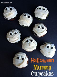 Halloween Mummy Cupcakes by Krafts and Kiddos
