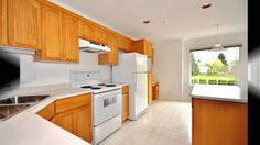 SOLD SOLD SOLD #12 19044 118B St, PittMeadows $298,000 MLS v1061034 Townhome w/bright open flr plan, top flr corner unit. Located in quiet back of complex. Living rm w/vaulted ceiling, big windows, gasfireplace Big kitchen, xtra cupboards,island, desk, eating bar. Separate dining 'rm' Lg mstr bdrm, his/hers closets, full ensuite w/jetted soaker tub. 2ndbdrm&2ndfull bath. 1,400 sq ft home has family rm, Laundry, crawl space, deck Over-height dblgarage w/lots of rm, visitor parking