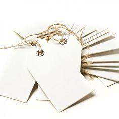 Geschenkanhänger, 5 x 9 cm, weiß, 20 Stück. www.miomodo.de #hangtags #gifttags