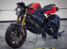 Image from http://cdn1.greendiary.com/wp-content/uploads/2012/07/brammo_empulse-electric-motor-bike-1_DgJZR_18770.jpg.