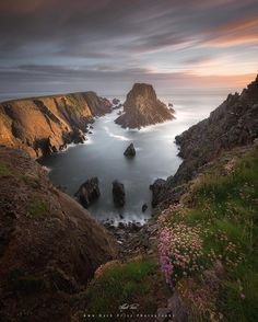 Hell's Hole  . A different perspective on one of the coves at Malin Head, Donegal - the remains of the sun hitting the stacks & cliffs jutting out into the Atlantic. Next stop U.S.A from here! . . #wonderfulplaces #lazyshutters #instagood #instagramhub #eclectic_earth #landscape_specialist #lpm #landscapestyles_gf #landscape_lovers #top_masters #ireland #loveireland #donegal ֹ#huaweisnapys #wildatlanticway