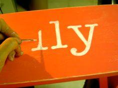 Geweldige tip voor uit de hand geschilderde letters op hout. / Great tip for hand painted letters on wood.