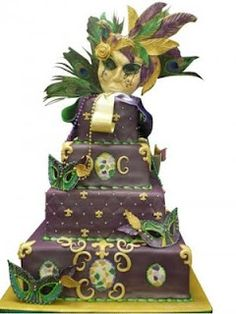 Mardi Gras wedding cake, love it! True to my roots.