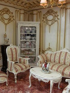 I love the china figurine on the table! Look at in large size! Miniature Rooms, Miniature Houses, Miniature Furniture, Doll Furniture, Dollhouse Furniture, Furniture Design, My Doll House, Doll Houses, Victorian Dollhouse