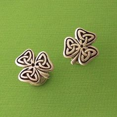 Celtic Irish Shamrock; I just love the shape of these for a tattoo