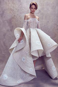 Sfilata Ashi Studio Beirut - Alta Moda Autunno-Inverno 2017-18 - Vogue