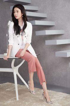 Han Hyo Joo Fashion, Korean Beauty, Asian Beauty, Instyle Magazine, Cosmopolitan Magazine, Lee Young, Korean Actors, Korean Actresses, Kim Woo Bin
