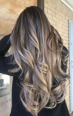 If you are looking for some spring hair color ideas for brunettes balayage, you can have a look at the collection we have got for you over here. Brown Ombre Hair, Brown Blonde Hair, Ombre Hair Color, Hair Color Balayage, Balayage Brunette, Grey Hair, Grey Ombre, Hair Colour, Grey Blonde