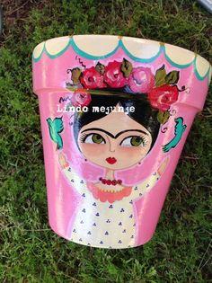 Flower Pot Crafts, Clay Pot Crafts, Rock Crafts, Diy And Crafts, Arts And Crafts, Painted Clay Pots, Painted Flower Pots, Hand Painted, Pottery Painting