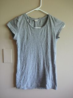 DIY- Knotted Tee