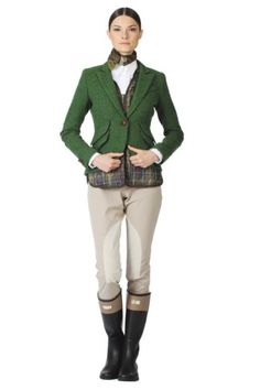 The most ridiculous looking equestrian I have ever seen. Seriously. This is not fashion.