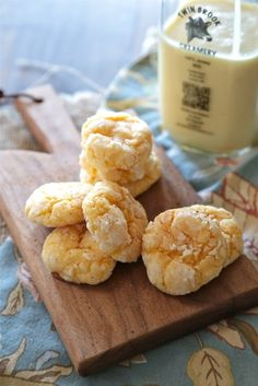 Easy Eggnog Gooey Butter Cookies - The ultimate Christmas cookie! - www.countrycleaver.com