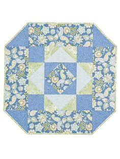 Tossed Florals Table Topper Pattern