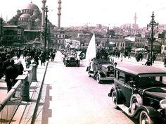 Galata Köprüsü üzerinden Cumhuriyet Bayramı geçidi