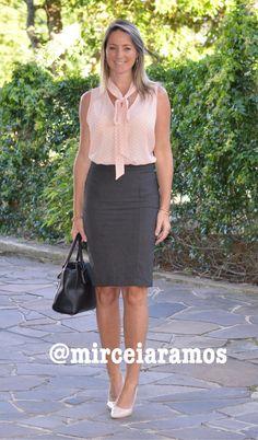 Look de trabalho - look do dia - look corporativo - moda no trabalho - work outfit - office outfit - spring outfit - look executiva - saia lápis - pencil skirt. - blusa gola laço - look formal -