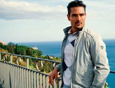Scopri tutta la collezione uomo Navigare su http://www.navigare.eu/web/navigare-site/primavera-estate-2013