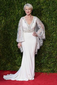 Helen Mirren has captured our hearts with her undying sense of style. Description from stylevitae.com. I searched for this on bing.com/images